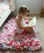 Como hacer una bella alfombra con retazos de tela