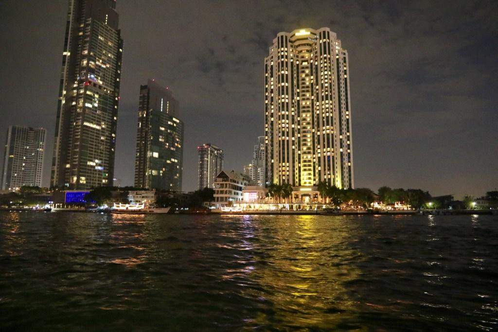 Utsikten fra Hotellet om kvelden!