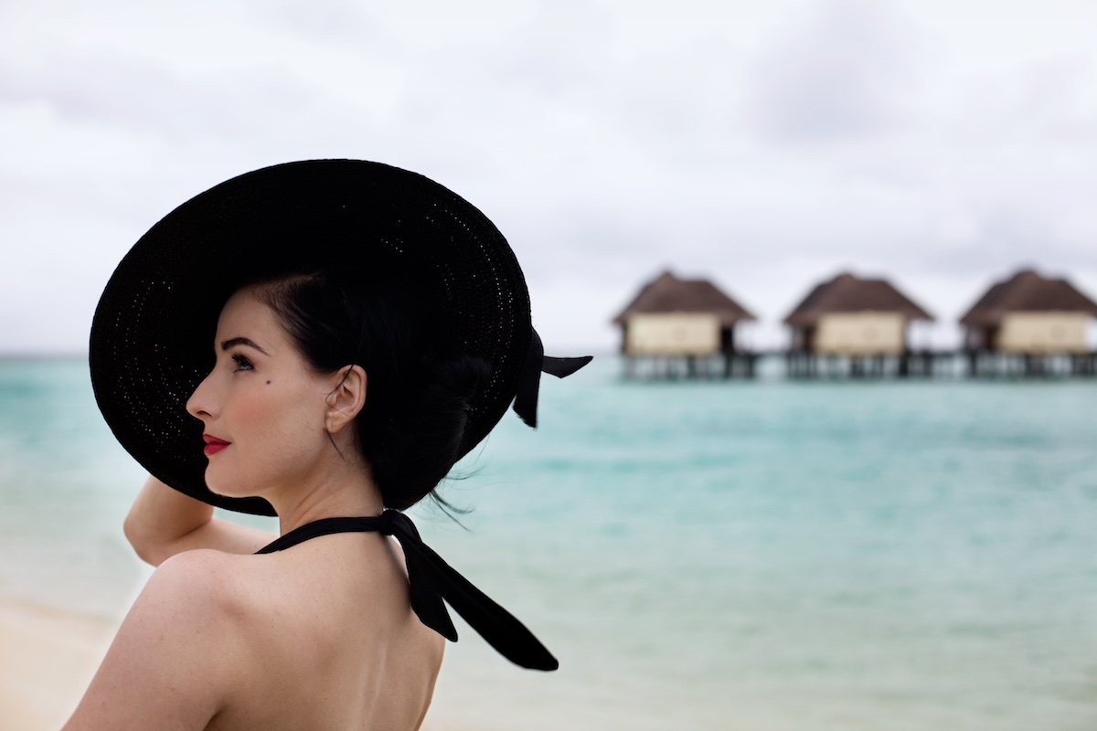American actress and model Dita Von Teese at the Kanuhura resort in the Maldives. Von Teese wears her own selection of 1940s and 50s clothing.   Photo: Tom Pietrasik Kanuhura, Madives. August 18th 2009