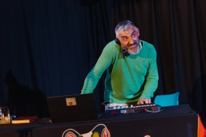 dommoore_2019_trp_one_foot_in_the_rave_72dpi-8794