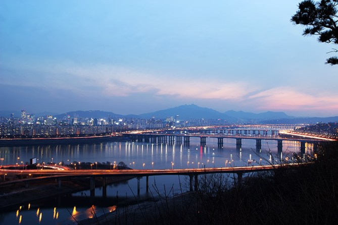 서울 야경 명소인 응봉산 출사지를 가다 | Seoul-night-famous-sight-Eungbongsan-Mountain-for-shoot-photos-footage-035
