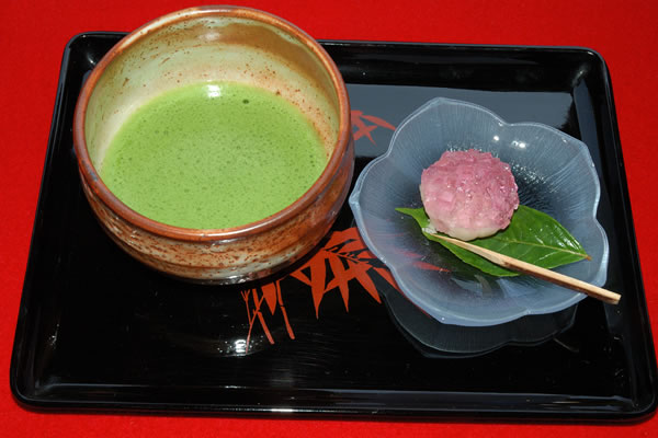matcha tea japanese green tea with sweet