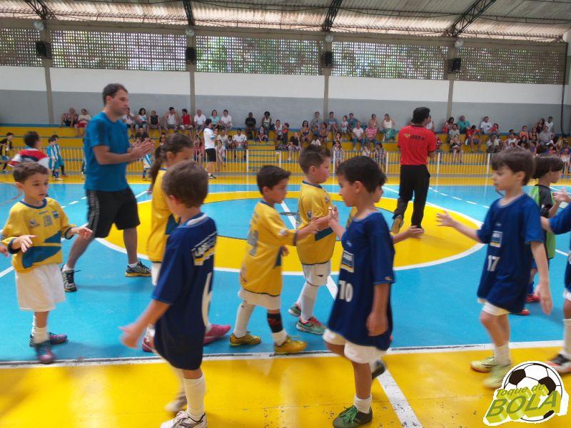 2ª Copa Toque de Bola de Futsal: missão cumprida para a turminha do sub-7 e sub-9. Veja galeria de fotos