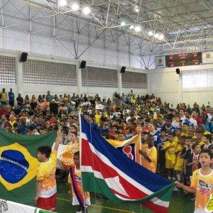 Copa Prefeitura Bahamas de Futsal edição 2015: competição tem o apoio do Bahamas (foto do desfile de abertura - arquivo Toque de Bola)