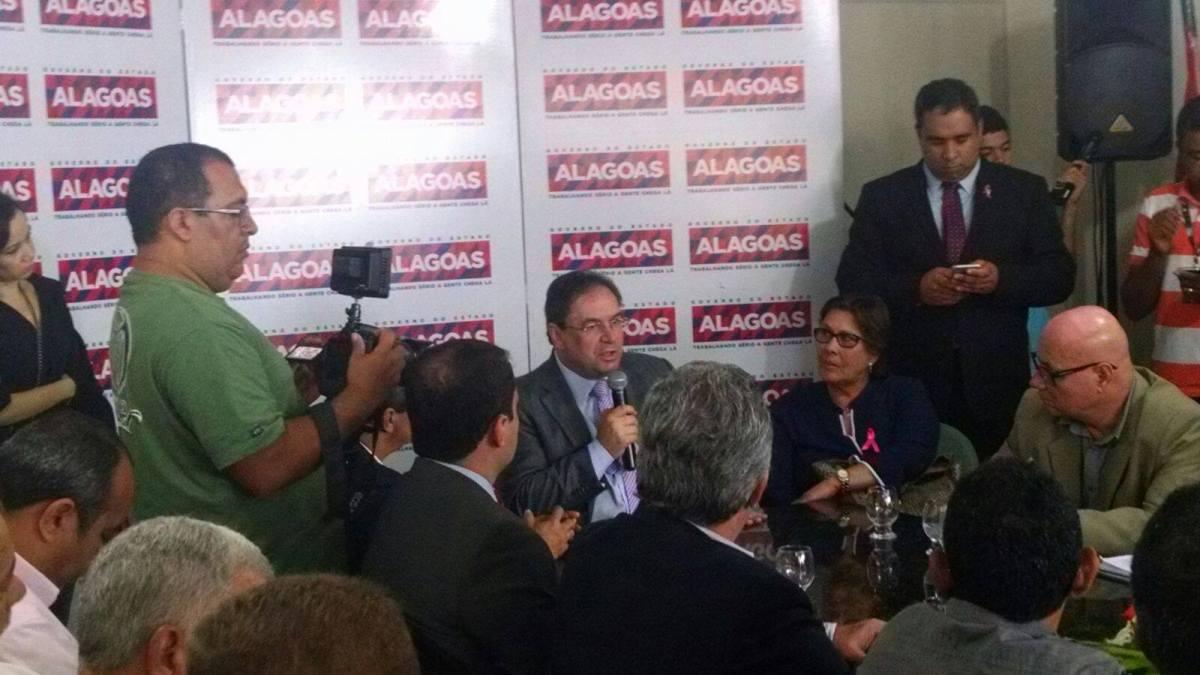 Vice-governador de Alagoas reforça torcida pelo ASA, que ainda tenta adiantar jogo decisivo