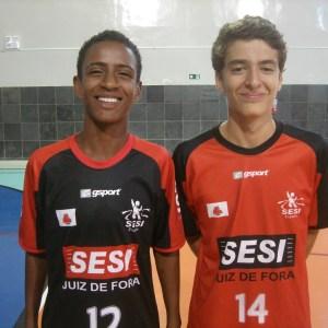 Max e Gabriel são atletas do Sesi Juiz de Fora pré-selecionados para a Seleção Mineira sub-15 (Foto: Divulgação)