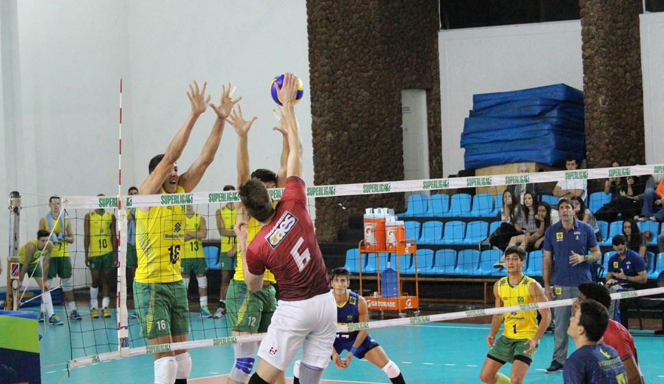 Seleção sub-21 comandada por Giovane fez jogo equilibrado contra JF Vôlei (Foto: Vitor Bara/JF Vôlei)