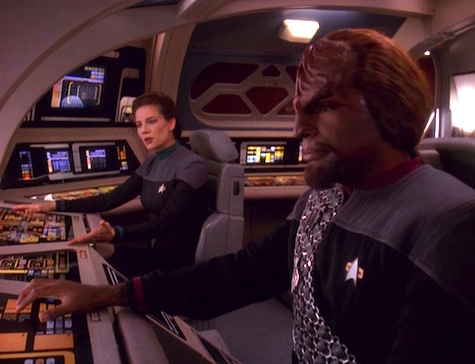 Deep Space Nine, The Darkness and the Light, Worf, Dax