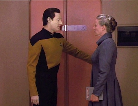 Star Trek: The Next Generation, Season 5, Episode 4