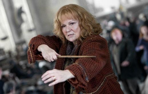 women of harry potter molly weasley rebel par excellence