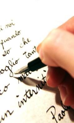 how to do critical review essay