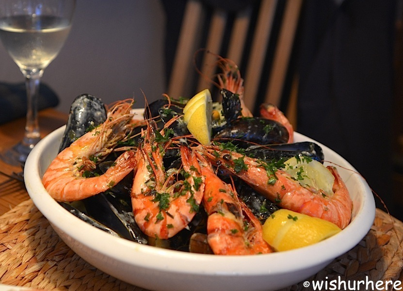 Man fridays seafood restaurant torquay a local guide for Local fish restaurants