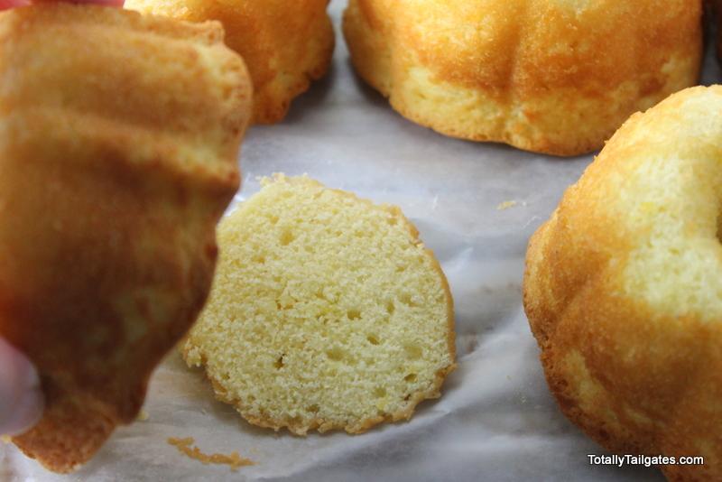 How to flatten the bottom of Mini Bundt Cakes.