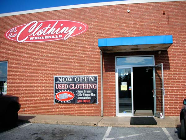 vintage american clothing warehouse store front