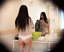 【着替え盗撮動画】イメクラ店の更衣室に仕掛けた隠しカメラでシースルー制服に着替える風俗嬢ww
