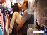 【店内盗撮動画】下着や制服を販売出来るブルセラ店内で店長にキス以上をすると買取価格がアップww