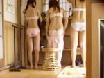 【脱衣所盗撮動画】合宿で汗まみれの女子大生…大浴場にあったロデオマシーンに跨りテンション上昇ww