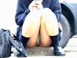 """【パンチラ隠撮動画】食い込むTバックで""""まんちら""""してる女子校生の座りパンチラを隠し撮りww"""