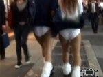 【風チラ隠撮動画】地下鉄の風が舞い上がってくる突風スポットで女子校生のパンチラを隠し撮りww