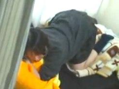 【JKオナニー盗撮動画】クッションをクリトリスに当てながら激しく腰振りする女子校生のセルフピストンを隠し撮りww