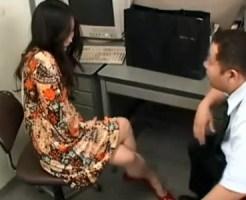 【素人セックス盗撮動画】店を損傷させてしまった女性に抱かせてくれたら値引きすると交渉した結果ww