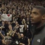 Mizzou Students Give Standing Ovation to Michael Sam, Destroy Westboro Baptist Protest: VIDEO