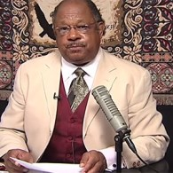 Harlem Hate Pastor: Putin Is Getting Ready To Out President Obama – VIDEO