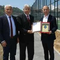 TSK Mehmetçik Vakfı'ndan başkanımıza teşekkür şilti