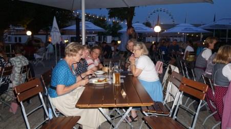 Röckefrauen im Biergarten des Luitpold am See 12.08.2020