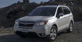 2014-Subaru-Forester-17