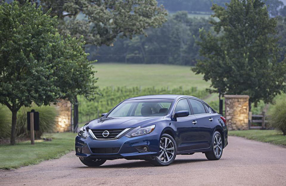 2016 Nissan Altima SR review