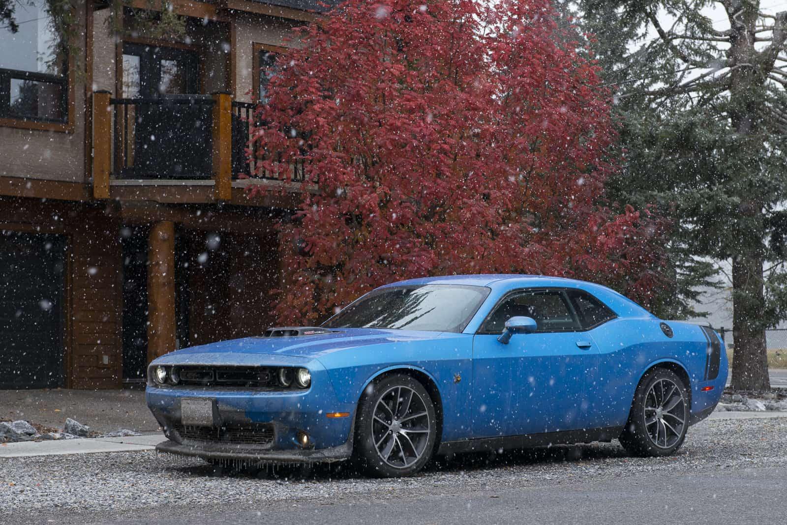 2016 dodge challenger r t scat pack review the 485 hp family car. Black Bedroom Furniture Sets. Home Design Ideas