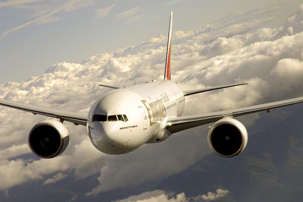 エミレーツ航空(ボーイング777-200LR)