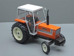 FIAT 880 HVIT CAB 2WD