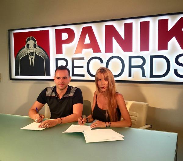 paola-panik-platinum