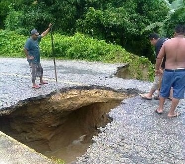 Se colapsa carretera Puerto Escondido – Oaxaca por lluvias