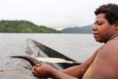 Fishing in Wagu lagoon