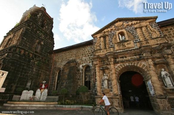 santiago apostol parish church paete laguna