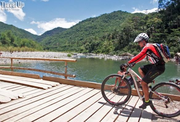 08. daraitan river biking bridge