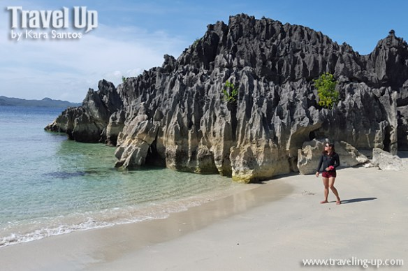 caramoan island hopping catanaguan island limestone 1