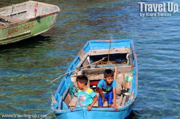 sabtang island batanes kids boat sumnanga fishing village