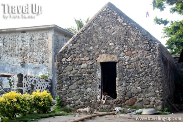 sabtang island batanes savidug stone house dogs cat