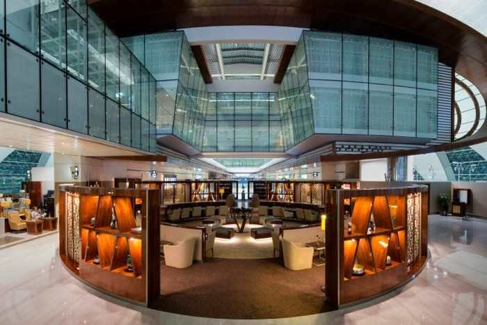 emirates-business-class-lounge-dubai-concourse-b-1