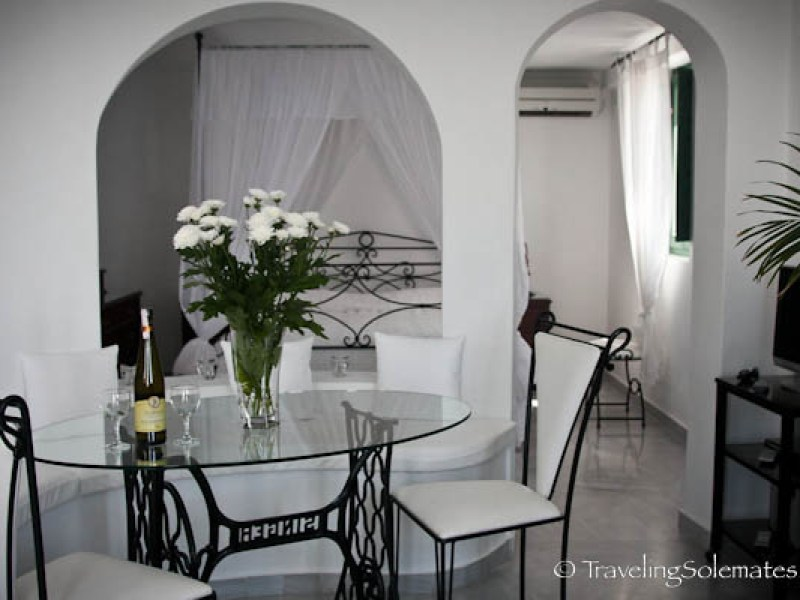 Honeymoon Suite at Anastasis Apartment, Imerovigli, Santorini, Greece