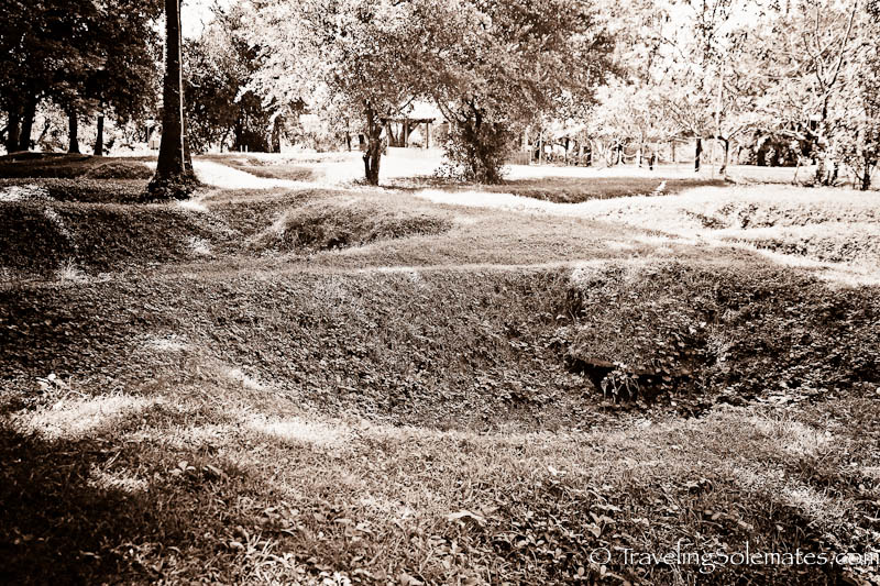 16_Mass Graves, Choeung Ek Killing Fields, Pnohm Penh, Cambodia