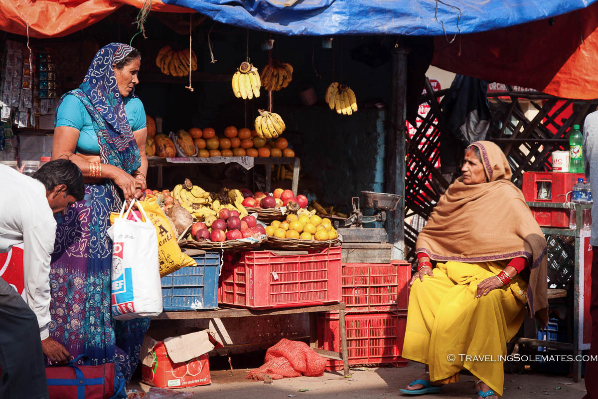 Fruit stall at the market, Orchha, India