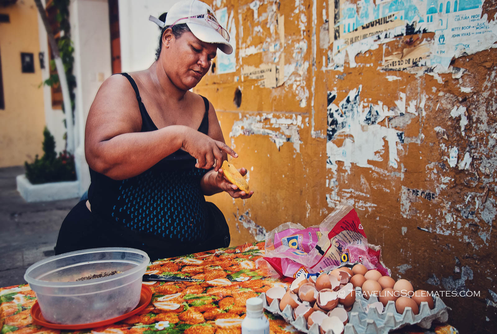 Food vendor in Getsemani, Cartagena, Colombia