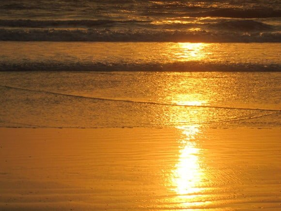 Sernabatim Beach (Places to visit in Goa)