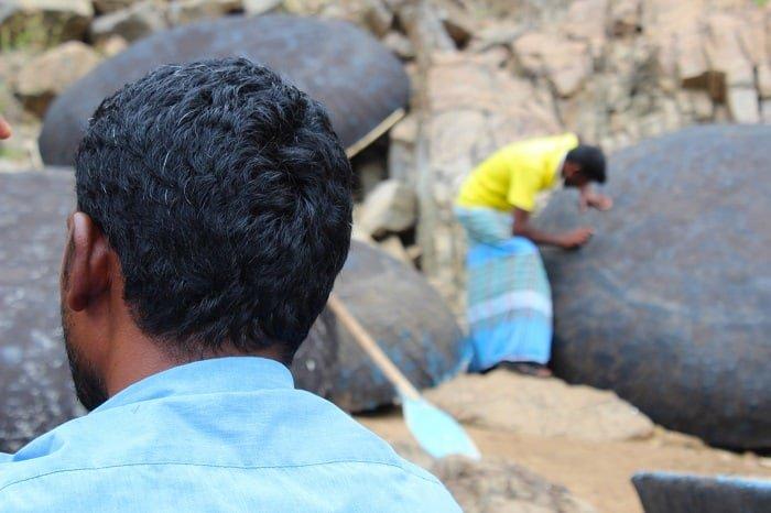 Karnataka & Tamil nadu people, trip to hogennakal waterfalls