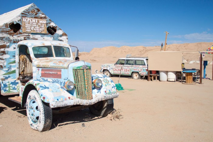 20141017_135729_099_Salvation_Mountain_IMG_5836